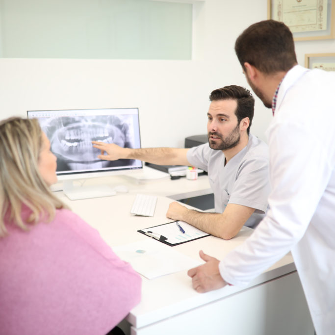 dentistas sevilla, clinica dental sevilla, clinica dental jimenez camean